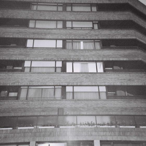 14 - Edificio en el Campo Volantín